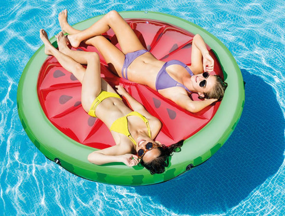 preissturz intex riesige badeinsel luftmatratze melone wassermelone 183 cm gutes g nstiger. Black Bedroom Furniture Sets. Home Design Ideas